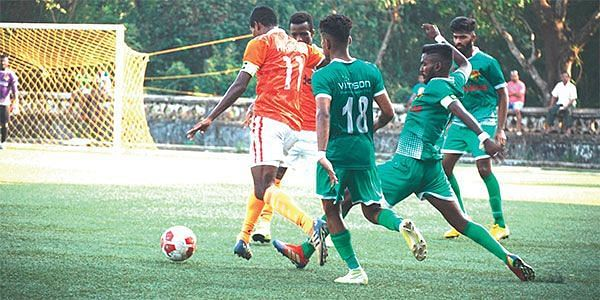 Sanson Pereira in action for Salgaocar FC (Image Source- Herald Goa)