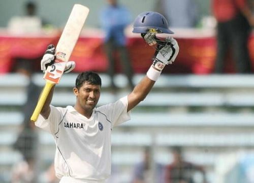 Wasim Jaffer celebrates a century for the Indian cricket team