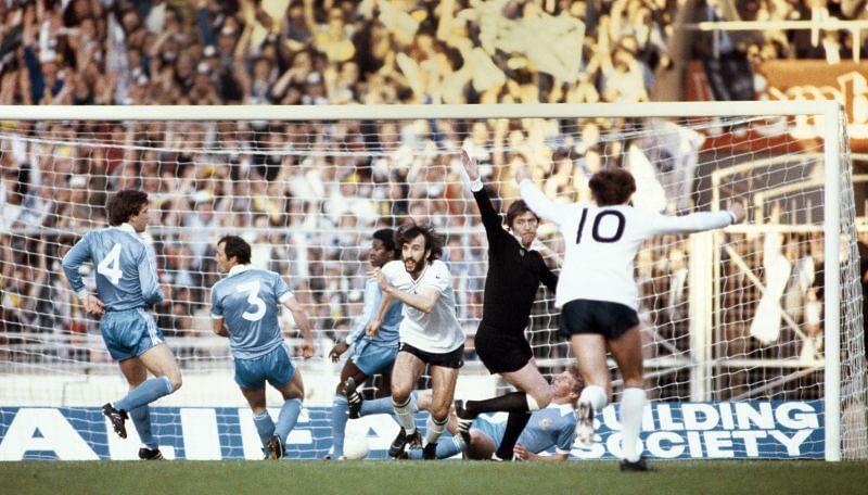 1981 FA Cup Final Replay Tottenham Hotspur v Manchester City