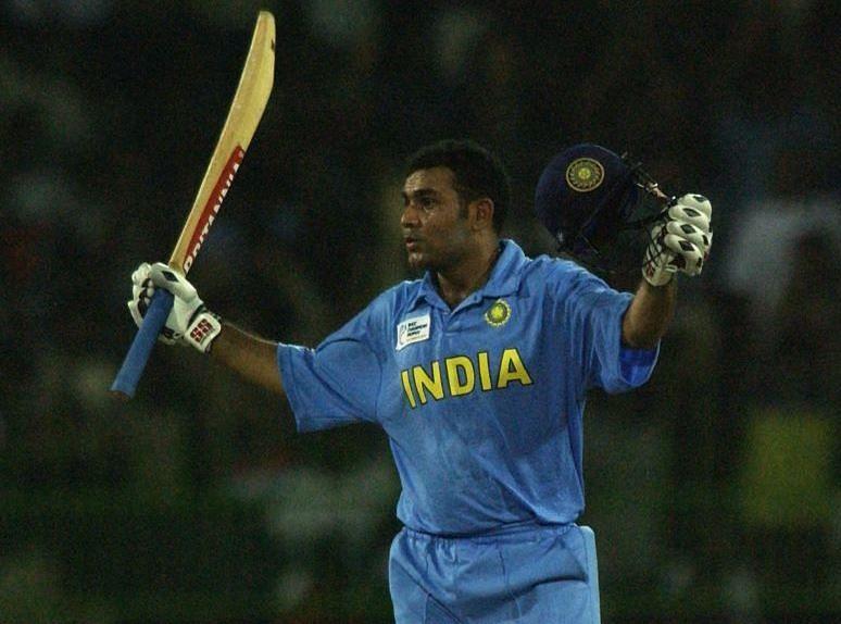 सहवाग के शतक की बदौलत भारत ने इंग्लैंड को हराया था