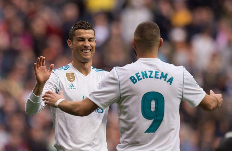 Ronaldo and Benzema celebrate a goal during the 2017-2018 La Liga season against Malaga