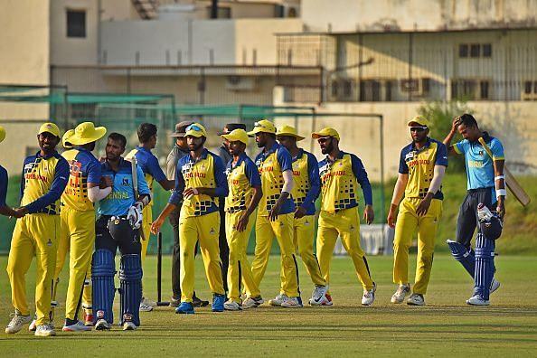 विजय हजारे ट्रॉफी 50 ओवरों का टूर्नामेंट होता है