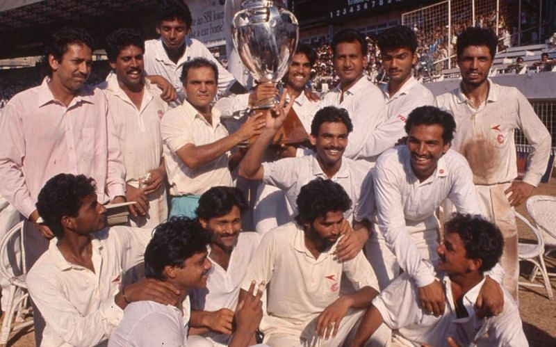 The winning Haryana team, led by Kapil Dev [PC: Hindu]