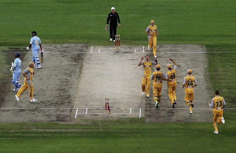 भारतीय टीम के 10 बल्लेबाज दहाई का आंकड़ा भी पार नहीं कर पाई थी