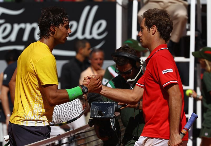 Rafael Nadal (L) and Richard Gasquet