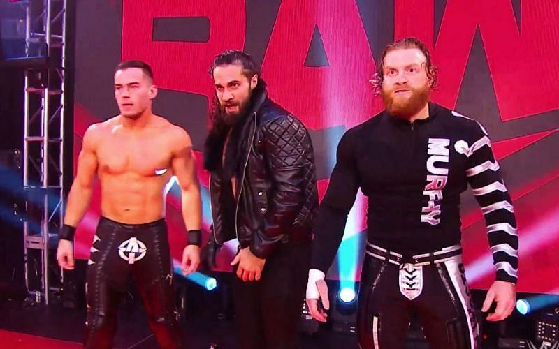 Raw में रॉलिंस और उनके साथी