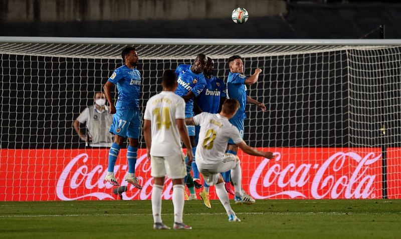 Kroos came close with a free-kick during another impressive midfield showing for Real Madrid