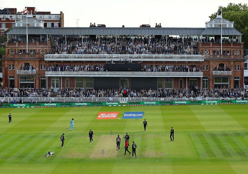 2019 वर्ल्ड कप फाइनल टाई हुआ था और मैच में सुपर ओवर हुआ था