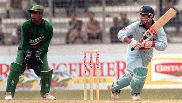 सौरव गांगुली के शतक की बदौलत भारत ने पाकिस्तान के खिलाफ 315 रनों के रिकॉर्ड लक्ष्य को हासिल किया था