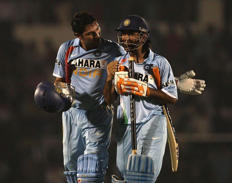 वनडे में 21 खिलाड़ी 300 या उससे ज्यादा मुकाबले खेल चुके हैं