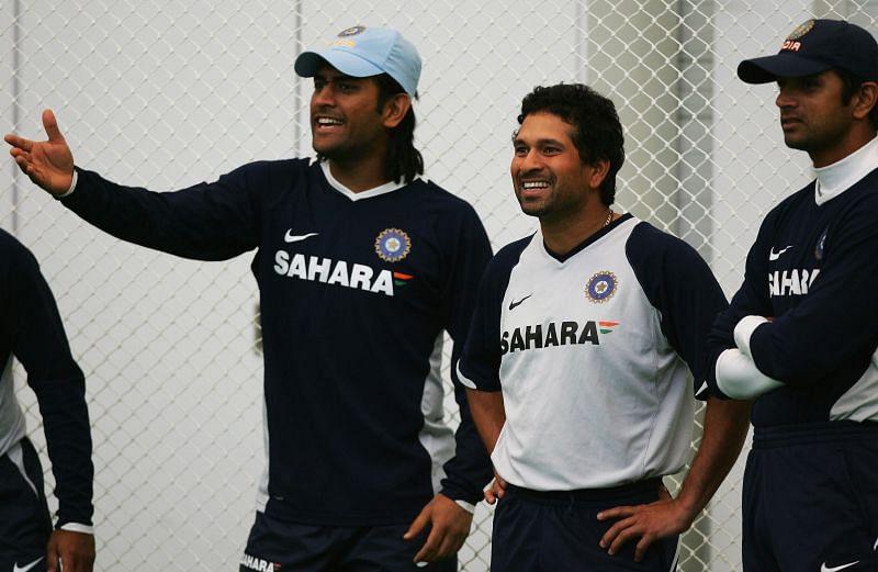 भारत की तरफ से 6 दिग्गज खिलाड़ी 300 से ज्यादा मुकाबले खेले हैं