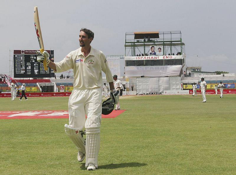 6 मौकेजबनाइटवॉचमैन ने टेस्ट शतक लगाया