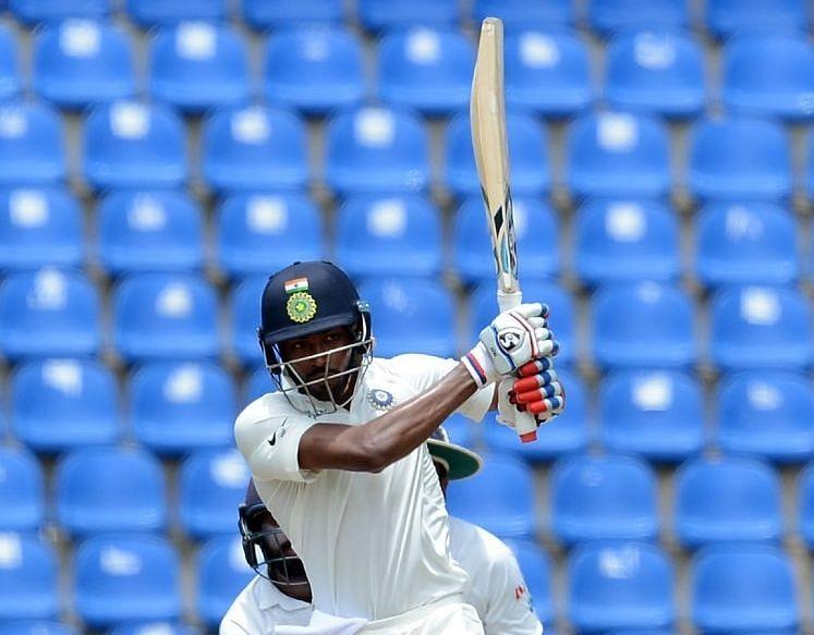 3 भारतीय बल्लेबाज जिन्होंने टेस्ट के एक ओवर में सबसे ज्यादा रन बनाये