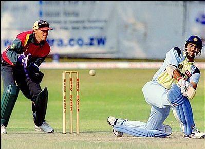 सौरव गांगुली के शतक की बदौलत भारत ने सीरीज में विजयी बढ़त हासिल की थी (Photo -Reuters)