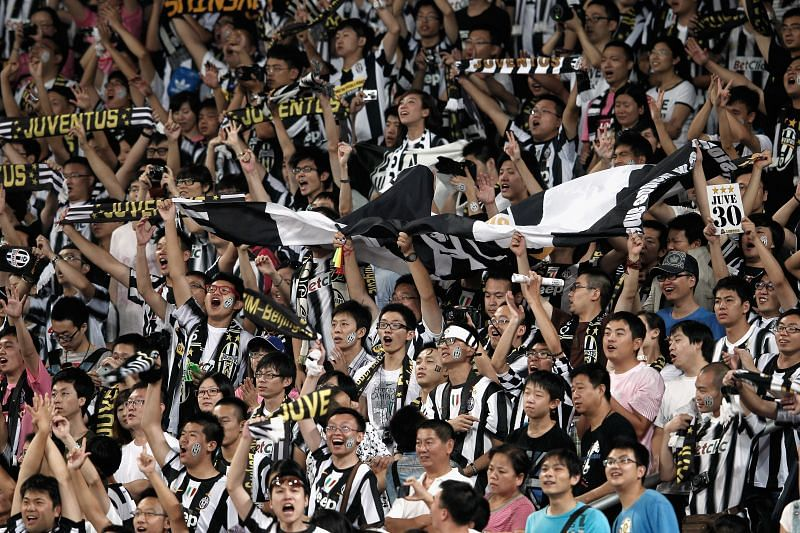 Juventus fans have historically looked down upon the people of Naples and its football club. Hailing from the affluent city of Turin in north Italy, Neapolitans have always received insults from the Bianconeri supporters.