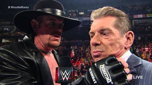WWE के चेयरमैन विंस मैकमैहन और द डेडमैन, द अंडरटेकर