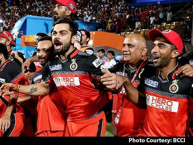 RCB celebrate after beating Gujarat Lions to reach the final in IPL 2016