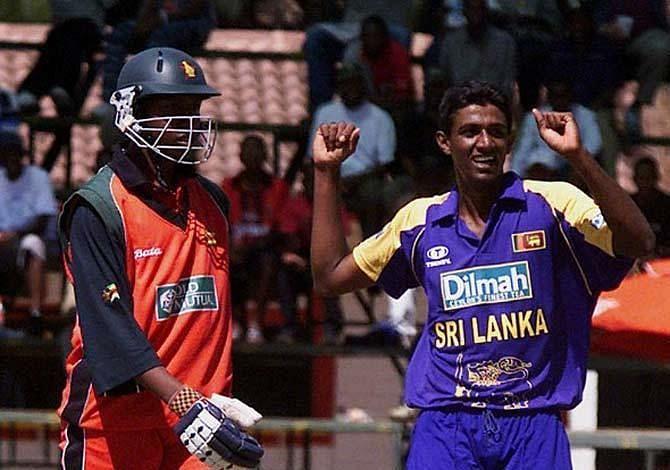 9 मौके जब वनडे की एक पारी में 50 से कम रन बने