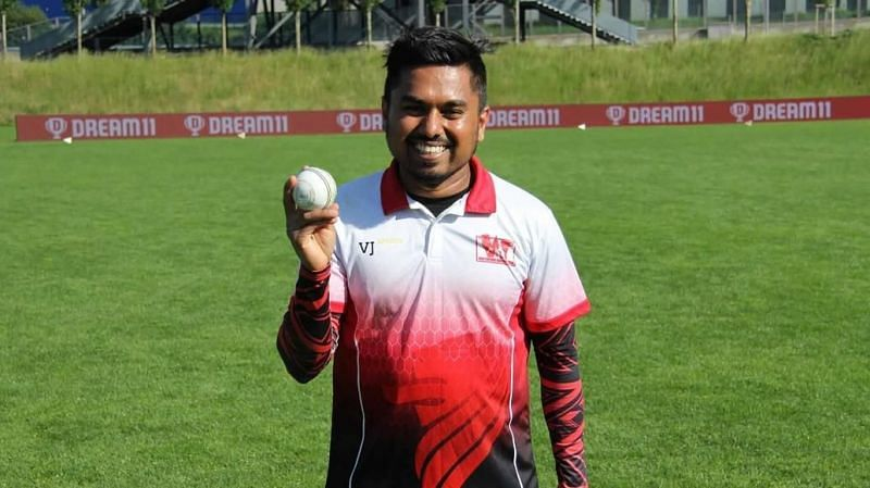 Deesh Banneheka with the match ball after his 5-wicket maiden (Image credits: ecn.cricket)