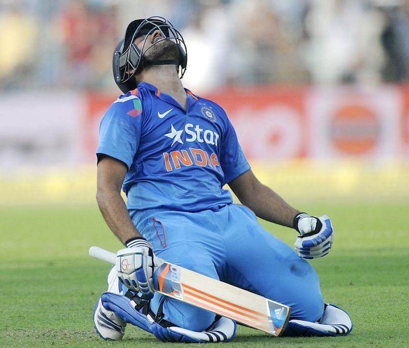 रोहित शर्मा के नाम है वनडे में सर्वश्रेष्ठ स्कोर का रिकॉर्ड
