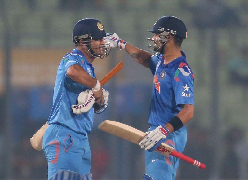 भारतीय टीम के कप्तान विराट कोहली और महेंद्र सिंह धोनी