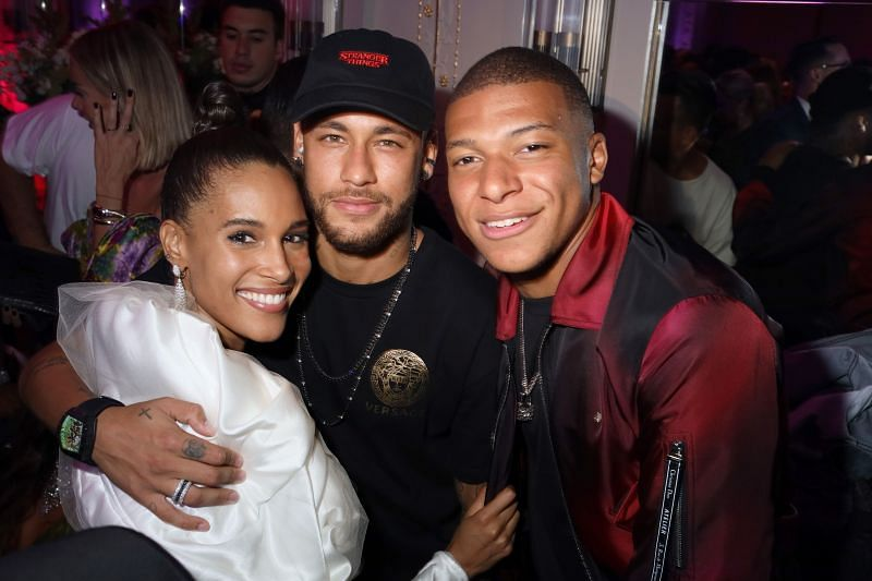 Some critics believe that Neymar is having a negative influence on the young Kylian Mbappe. Here they are at a party.