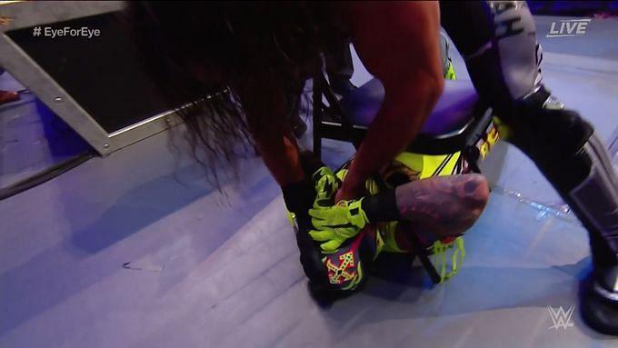 WWE एक्सट्रीम रूल्स में सैथ रॉलिंस और रे मिस्टीरियो के बीच हुआ खतरनाक मैच