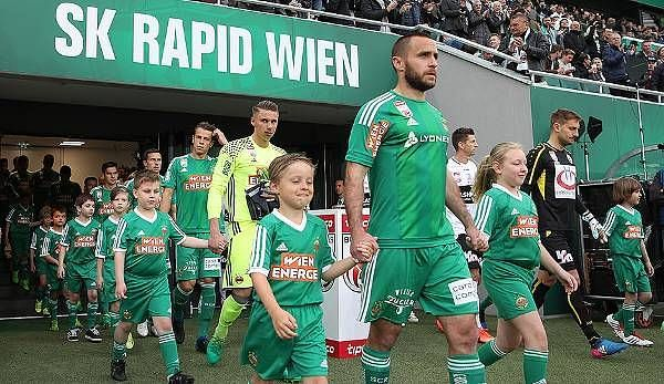Stefen Hoffman leading his team out on to the pitch