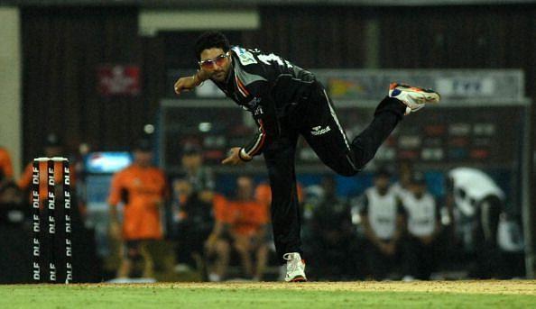 युवराज सिंह ने आईपीएल में तीन सीजन कप्तानी की है