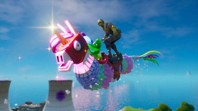 Dragacorn Glider in Fortnite (Image Credit: Amino Apps)