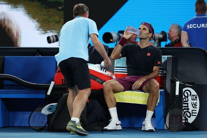 Roger Federer receives medical treatment at the 2020 Australian Open