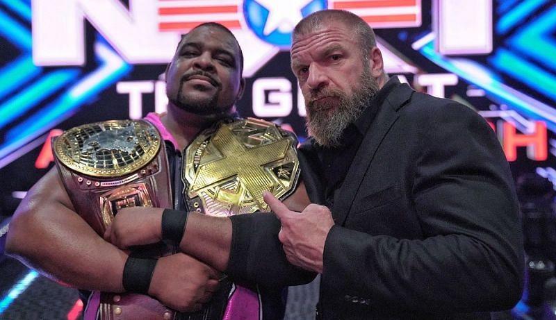 NXT के डबल चैंपियन कीथ ली और साथ में ट्रिपल एच