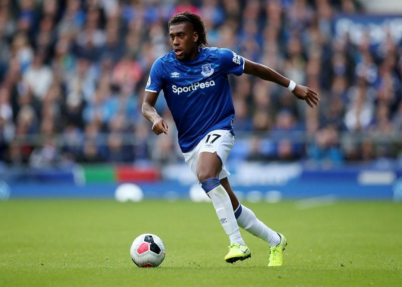 Everton fans already want Alex Iwobi out of the club.