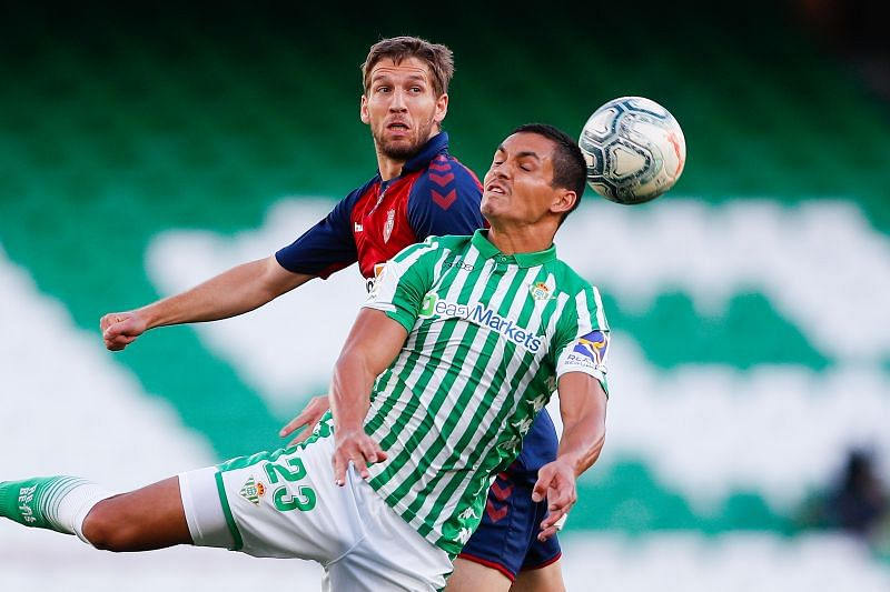 Aissa Mandi in action for Real Betis