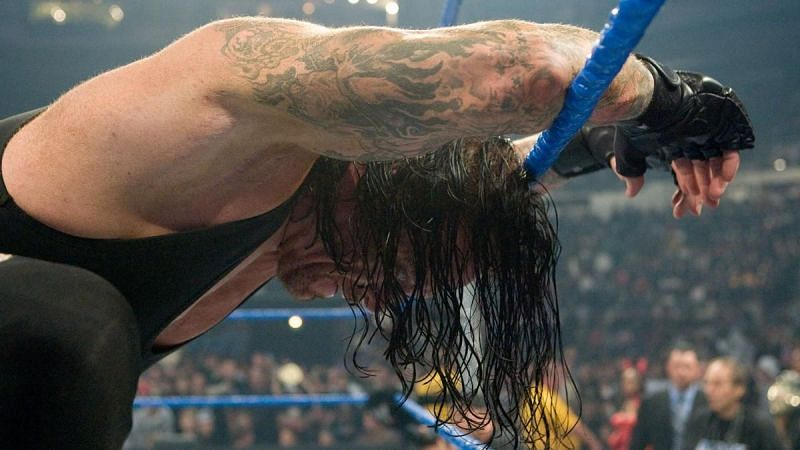 5 Most memorable WWE SmackDown main events of all time