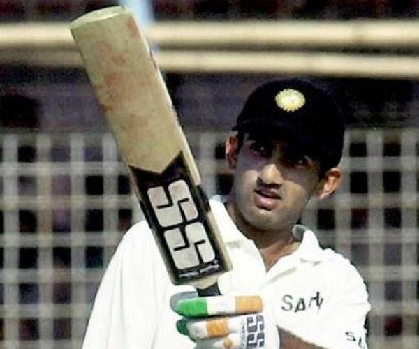 गौतम गंभीर ने पहला टेस्ट शतक बांग्लादेश के खिलाफ लगाया था