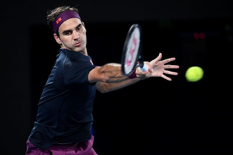Roger Federer plays a forehand in the 2020 Australian Open semifinal