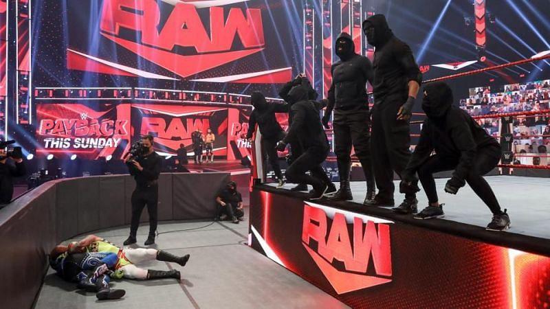 WWE पेबैक पीपीवी से पहले यह Raw का आखिरी एपिसोड था