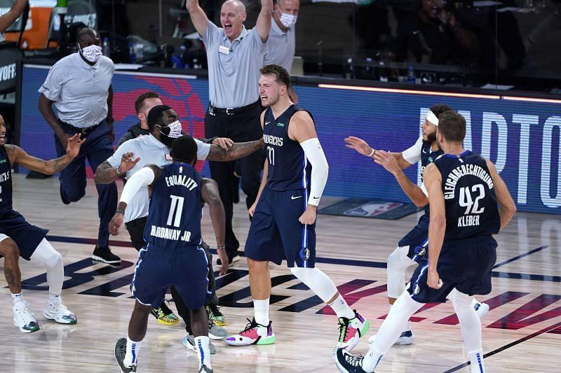 L'esultanza di Luka Doncic dopo il buzzer beater di gara 4 contro i Clippers