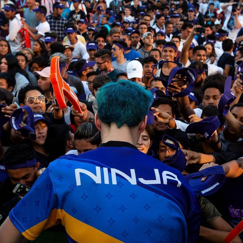 Ninja, with his sea of fans (Image Credits: The Verge)