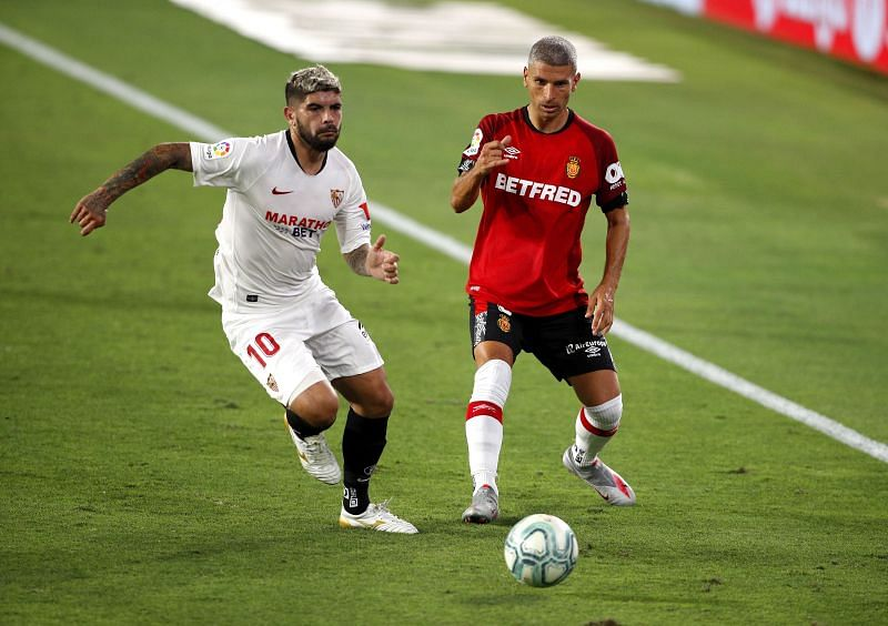 Éver Banega has been quiet but highly efficient in the midfield for Sevilla this season.