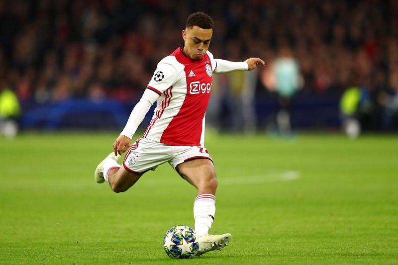 Sergino Dest in action for Ajax