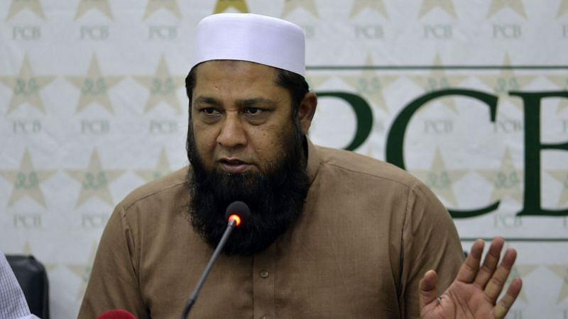 Inzamam-ul-Haq attending a press conference (courtesy ESPN)