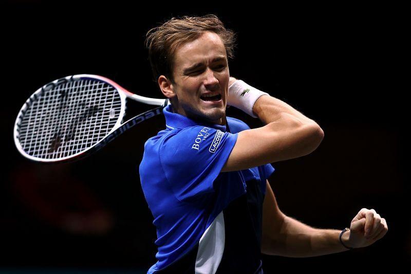 Daniil Medvedev will face Aljaz Bedene in the Round of 16 at New York