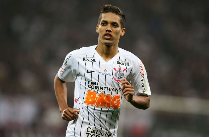 Corinthians will play Sao Paulo tomorrow