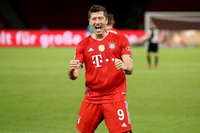 Robert Lewandowski scored 34 goals for FC Bayern Muenchen.