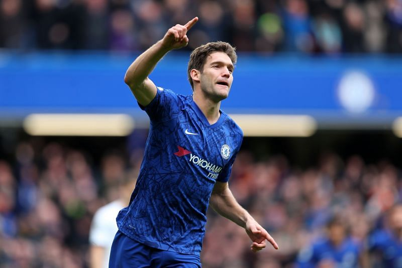 Marcos Alonso celebrates after scoring in the London Derby between Chelsea FC and Tottenham Hotspur. (EPL 2019-20)