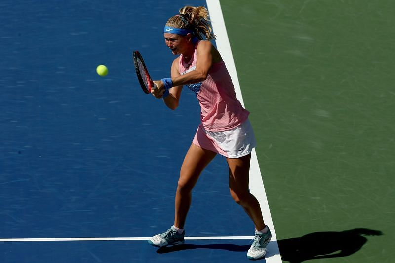 Marie Bouzkova pulled off a stunning victory against compatriot Petra Kvitova in the Round of 32