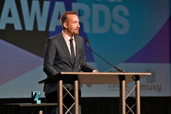Brendan Greene accepts his award for Esports Game of the Year (Image Credits: Engadget)
