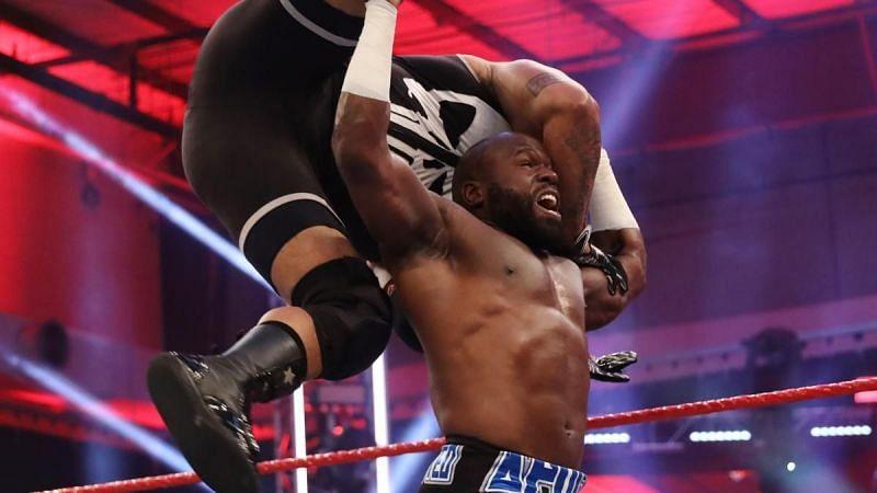 WWE Raw में होगा दो दिग्गज सुपरस्टार्स के बीच बड़ा मैच